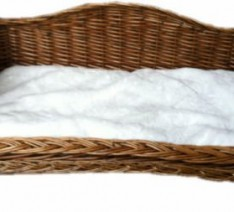 WICKER-DOG-CAT-PET-BED-HONEY-COLOUR-WITH-FUR-CUSHION-0-234x212
