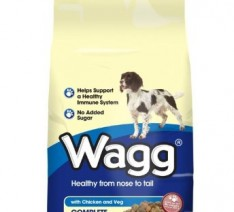Wagg-Adult-Dog-Food-Chicken-and-Veg-0-234x212